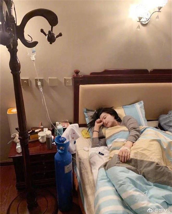 Phạm Băng Băng lâm bệnh nặng, chảy máu mũi phải truyền nước khi tới Tây Tạng làm từ thiện - Ảnh 2.