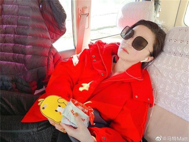 Phạm Băng Băng lâm bệnh nặng, chảy máu mũi phải truyền nước khi tới Tây Tạng làm từ thiện - Ảnh 4.