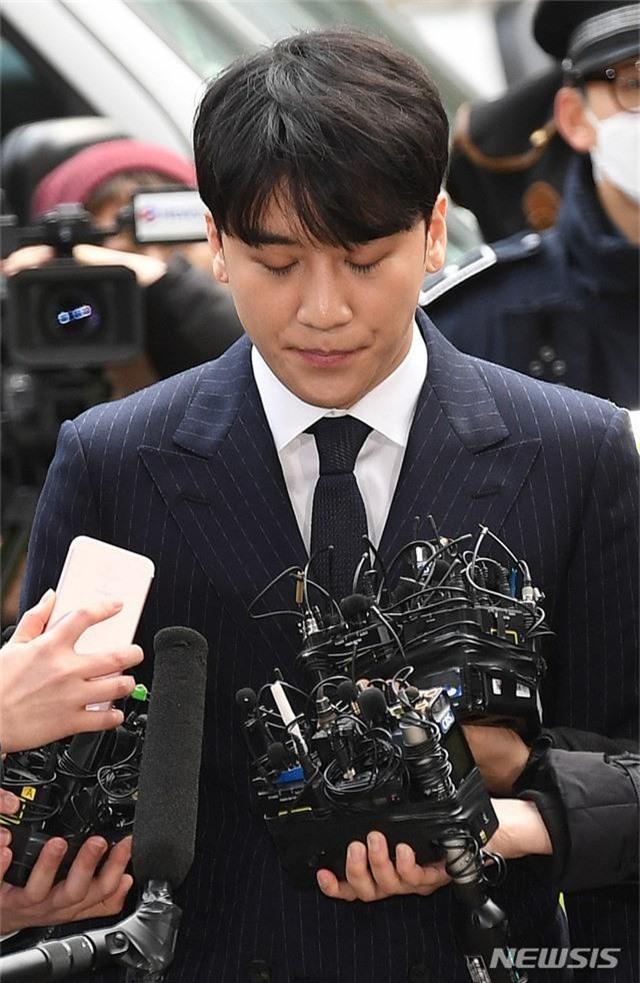 Cảnh sát tuyên bố bổ sung thêm cáo buộc mới chống lại Seungri: Không chỉ môi giới mà còn là mua dâm - Ảnh 2.