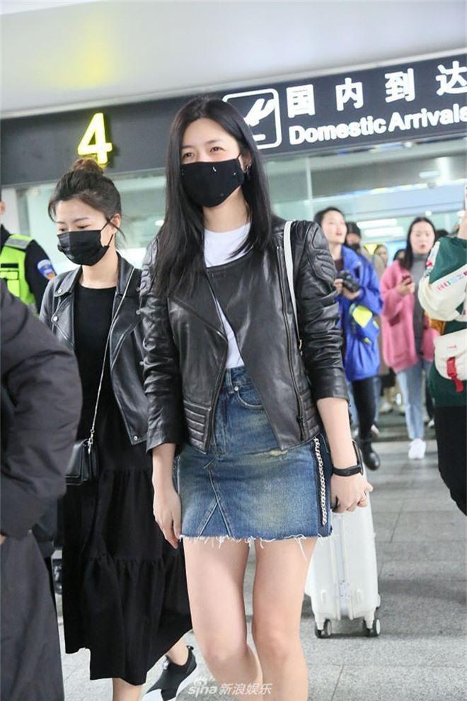 Đều là gái một con, Dương Mịch ăn đứt Trần Nghiên Hy với bộ phận cơ thể siêu nuột nà này - Ảnh 11.
