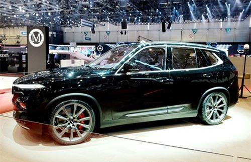 SUV VinFast Lux V8