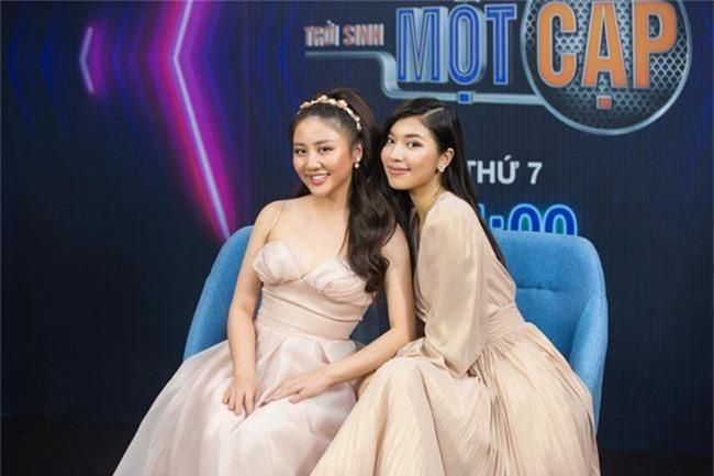 Đồng Ánh Quỳnh - Văn Mai Hương quyết chơi lớn chị ngả em nâng với đầm hồng nữ tính - Ảnh 2.