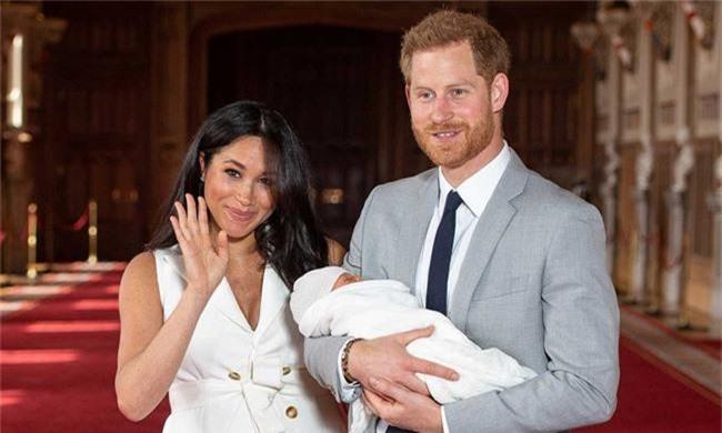 """Không chỉ thay đổi lịch sử hoàng gia, con trai đầu lòng của Meghan còn là đứa trẻ sẽ """"làm nên chuyện"""", tác động không hề nhỏ đến nước Anh vì điều này - Ảnh 2."""