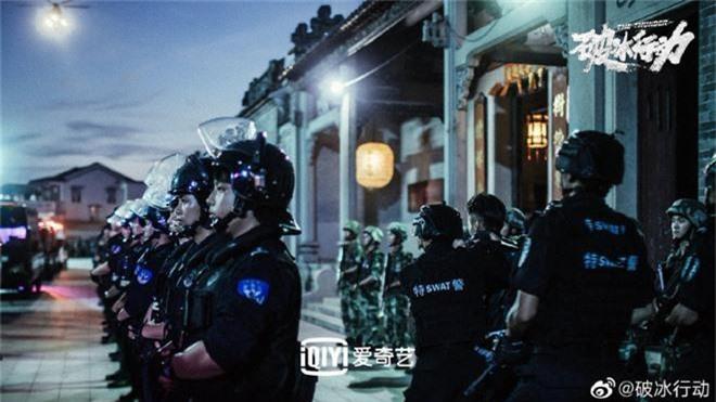Netizen Trung quên phốt ngoại tình của Hoàng Cảnh Du, khen phim mới Hành Động Phá Băng nức nở! - Ảnh 11.