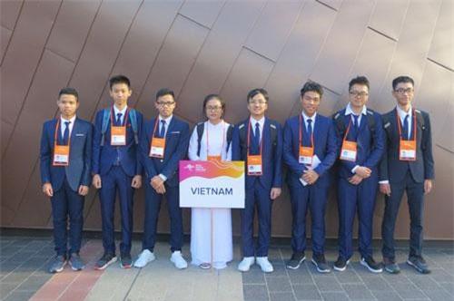8 gương mặt thi Olympic Vật lí châu Á 2019.
