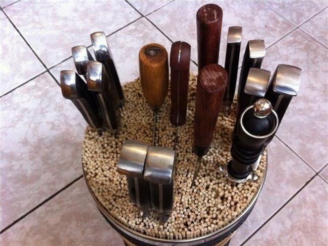 9 mẫu hộp đựng dao đẹp xuất sắc lại cực tiện dùng trong nhà bạn - Ảnh 8.