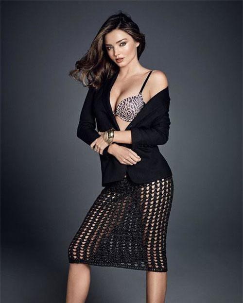 Cô bắt đầu nổi tiếng từ năm 2007 với vai trò là một trong những thiên thần của Victoria's Secret.