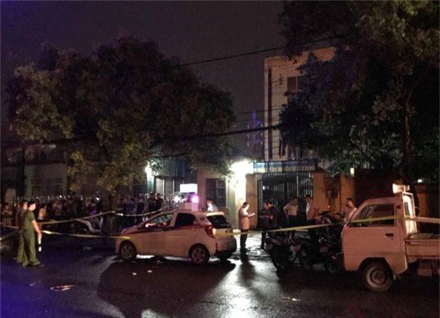 Nữ tài xế bị người đàn ông đâm liên tiếp trên xe taxi - 1