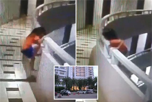 Mộng du rơi từ tầng 11 xuống đất, bé gái 5 tuổi Thái Lan sống sót thần kỳ - 1