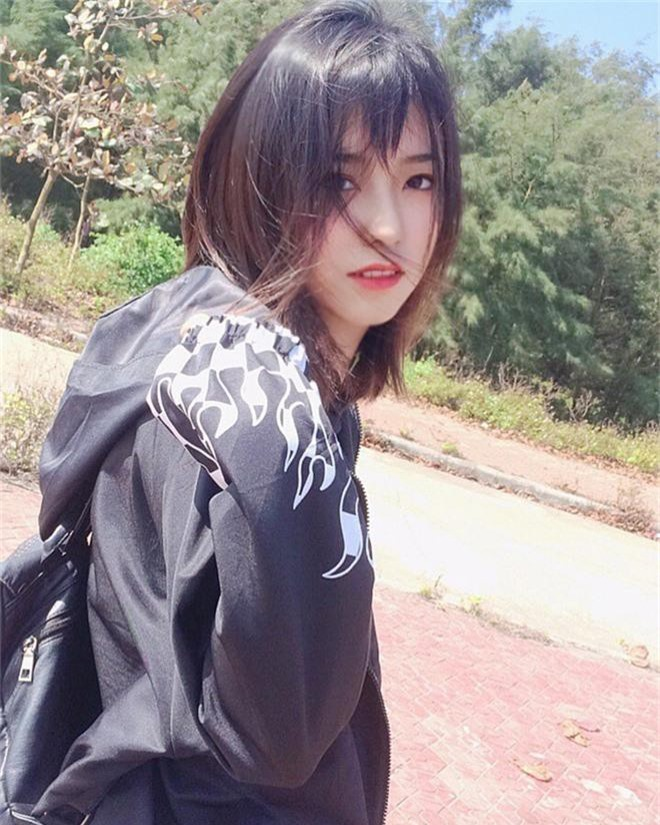 Nữ sinh 2001 được báo Trung gọi là cực phẩm hot girl với nhan sắc trong sáng y nữ chính phim thanh xuân vườn trường - Ảnh 6.