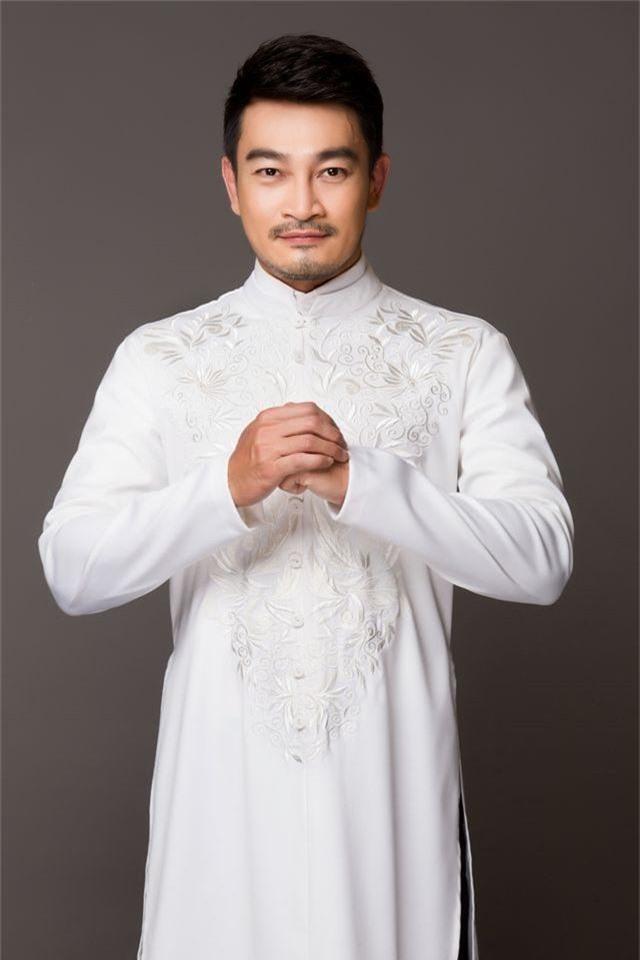 Nam chính Hương phù sa bao năm đi làm bằng xe ôm, dè sẻn từng đồng - 3