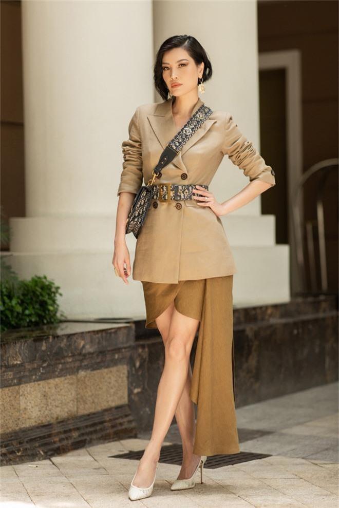 Đặng Thu Thảo, Lê Thúy hội ngộ cùng dàn mỹ nhân không tuổi Vbiz trong tiệc của Hoa hậu Hà Kiều Anh - Ảnh 11.
