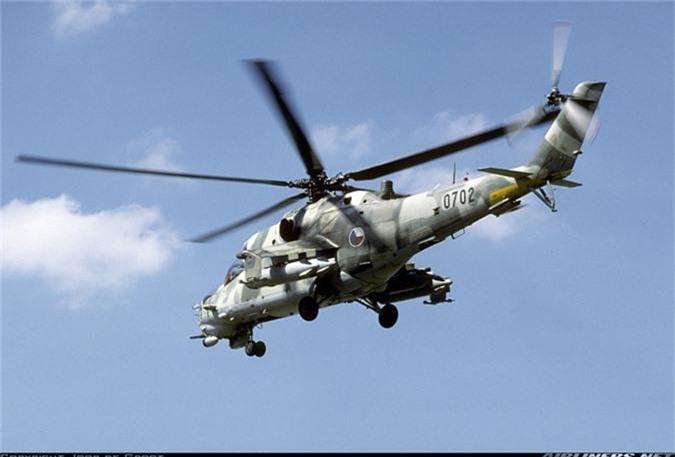 "Day truc thang Mi-24 ""ve vuon"" de ruoc AH-1Z: Sai lam chet nguoi!-Hinh-11"