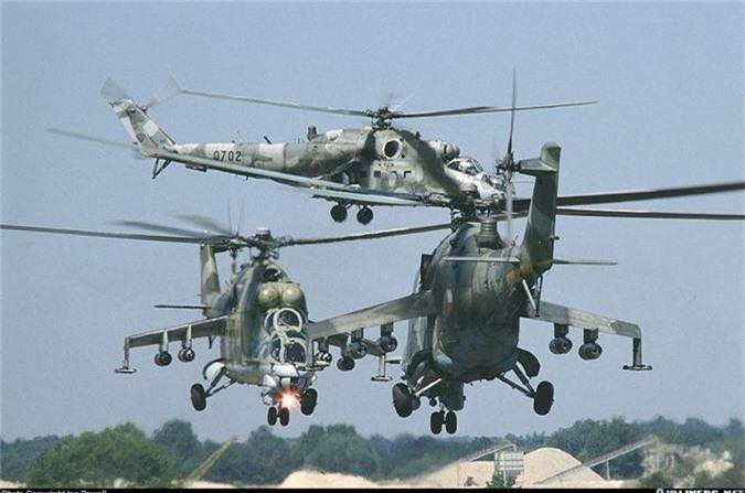 "Day truc thang Mi-24 ""ve vuon"" de ruoc AH-1Z: Sai lam chet nguoi!-Hinh-3"