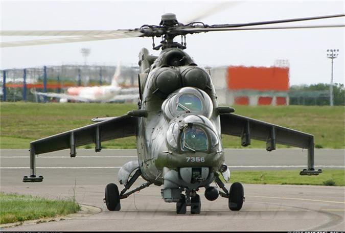 "Day truc thang Mi-24 ""ve vuon"" de ruoc AH-1Z: Sai lam chet nguoi!-Hinh-4"
