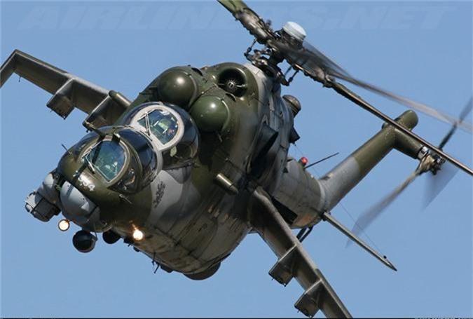 "Day truc thang Mi-24 ""ve vuon"" de ruoc AH-1Z: Sai lam chet nguoi!-Hinh-8"