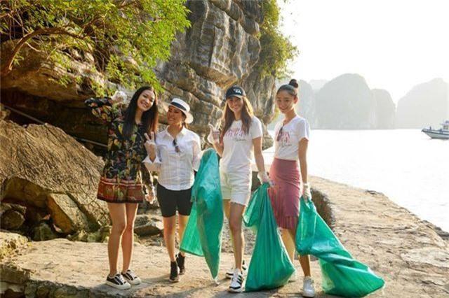 Hoàng Thùy, Minh Tú, Thùy Dung... đội nắng dọn rác trên đảo hoang Hạ Long - 1