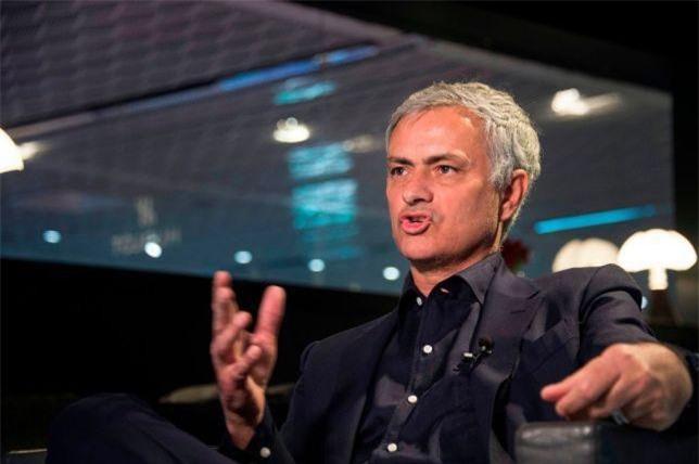 HLV Mourinho.