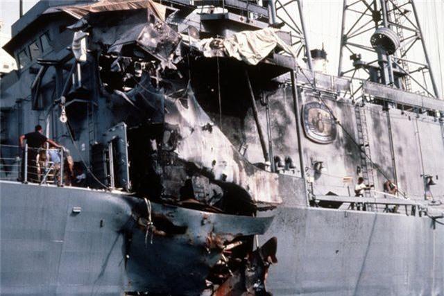 Vụ tấn công tên lửa vào tàu chiến Mỹ thành công duy nhất trong 32 năm - 2