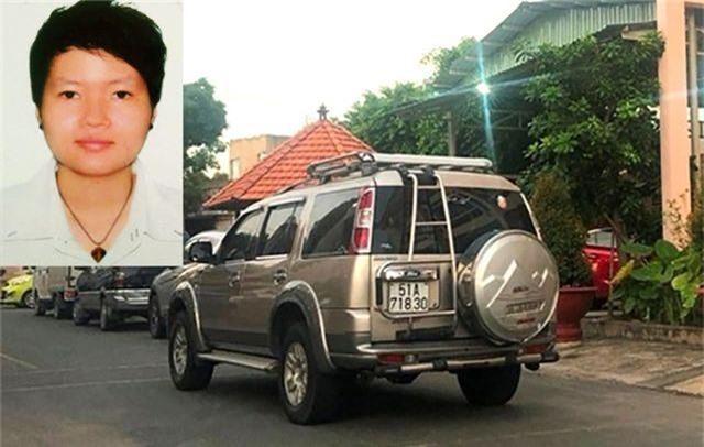 Phạm Thị Thiên Hà và chiếc ô tô 7 chỗ thường dùng làm phương tiện chở cả nhóm khi đi tu luyện.