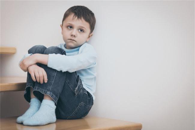 Căn bệnh tự kỉ của con đã thay đổi suy nghĩ, quan điểm nhân sinh quan của tôi – một bà mẹ chưa từng nghe về căn bệnh này - Ảnh 1.