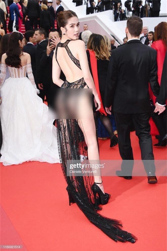 Ngọc Trinh lần đầu đi thảm đỏ Cannes đã gây sốc với trang phục hở hang nhức mắt, khoe thân phản cảm - Ảnh 2.