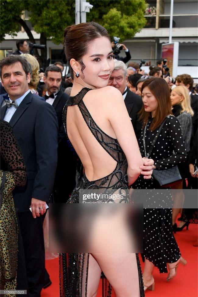 Cũng diện váy hở nguyên vòng 3 nhưng phản ứng của cư dân mạng với Kendall Jenner khác hoàn toàn Ngọc Trinh: Vì đâu nên nỗi? - Ảnh 2.