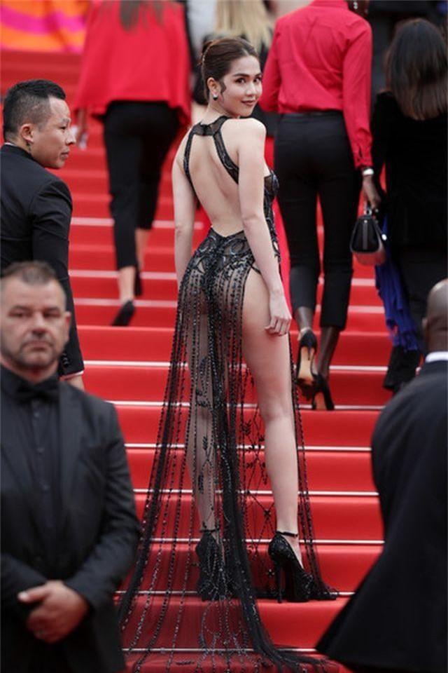 Khi người đẹp bị chê vì mặc hở hang tại LHP Cannes - 1