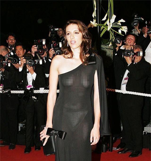 Khi người đẹp bị chê vì mặc hở hang tại LHP Cannes - 11