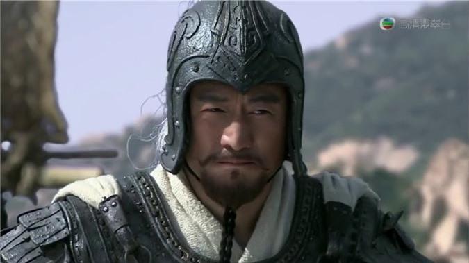Ngôi sao - Tam quốc diễn nghĩa: Không phải Quan Vũ đây mới là người trảm mãnh tướng Hoa Hùng (Hình 3).
