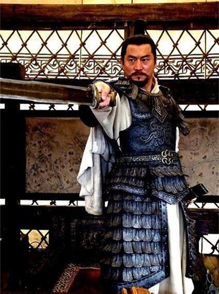 Ngôi sao - Tam quốc diễn nghĩa: Không phải Quan Vũ đây mới là người trảm mãnh tướng Hoa Hùng (Hình 4).