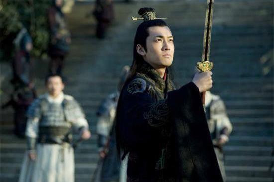 Ngôi sao - Tam quốc diễn nghĩa: Nhờ một chữ này Tôn Quyền đã biến Đông Ngô thành một trong ba thế lực mạnh nhất Tam quốc (Hình 3).