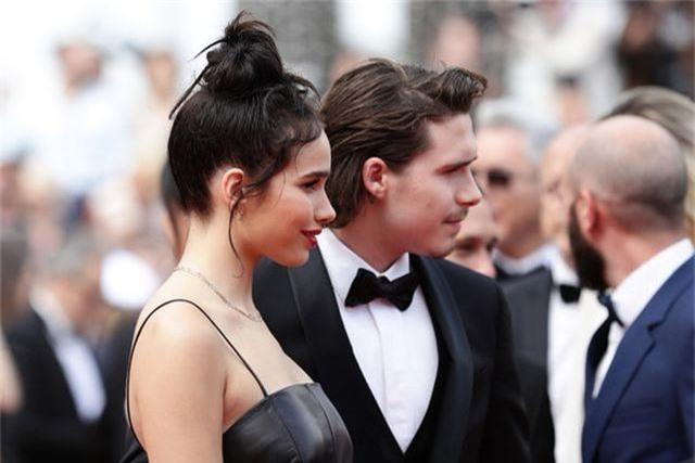Cậu cả nhà Beckham dự LHP Cannes cùng bạn gái - 6