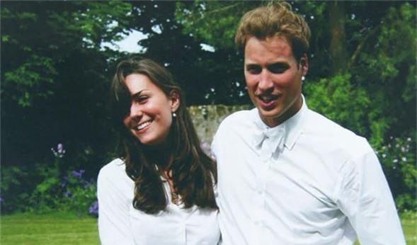 Tiết lộ mới gây sốc: Công nương Kate từng bị Hoàng tử William đối xử như một người hầu vì lý do này - Ảnh 1.