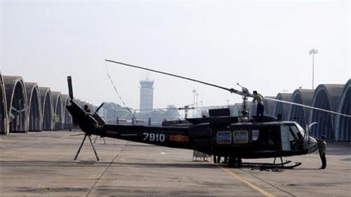 Trực thăng UH-1H đang phục vụ trong Không quân nhân dân Việt Nam