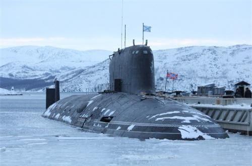 Tàu ngầm Kazan có lượng giãn nước khi lặn 13.800 tấn, dài 139,5m, bề rộng 13-15m.