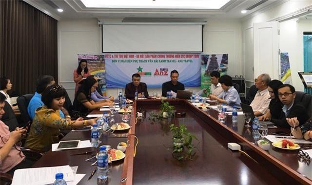 Lễ ký kết hợp tác giữa Hội du lịch cộng đồng Việt Nam (VCTC) và TikTok,