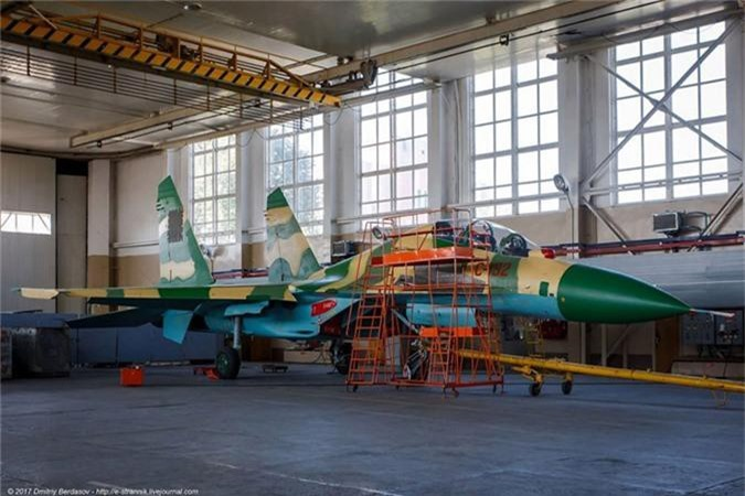 12 may bay Su-30K duoc du doan toi VN da co chu-Hinh-3