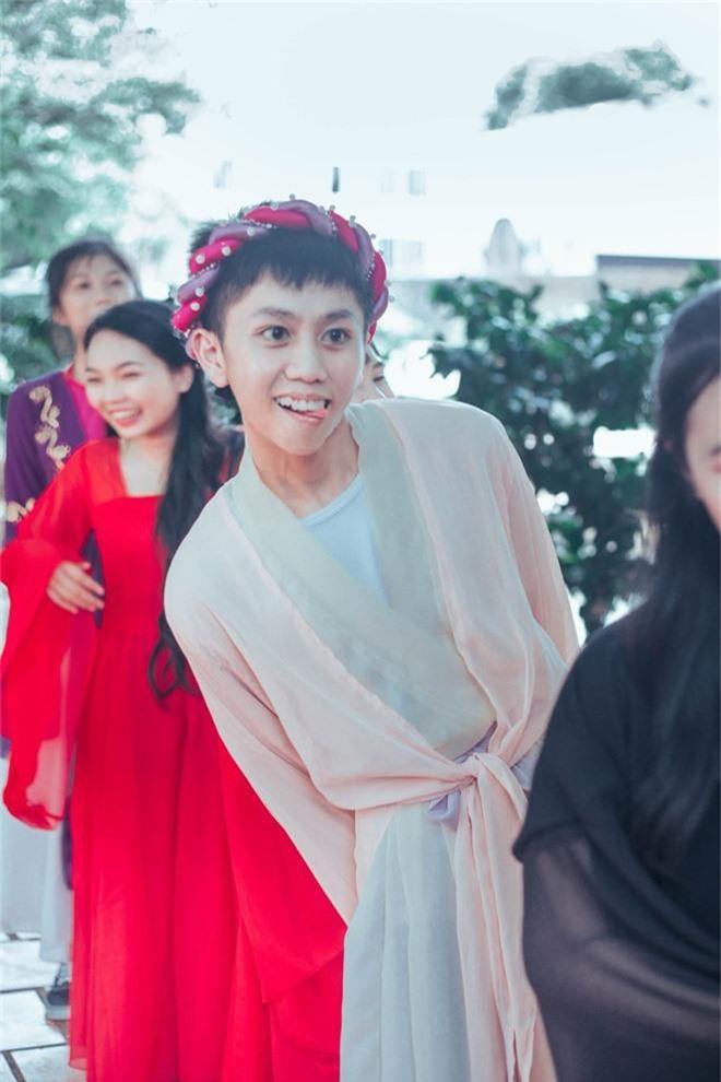 Bộ ảnh kỷ yếu 15 triệu đồng hoá thân vào các nhân vật truyện Tấm Cám đẹp xuất sắc của học sinh Đắk Lắk - Ảnh 8.
