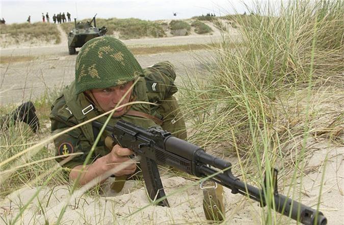 "Nam 2019, sung AK-74 van dem loi nhuan ""khung"" cho nuoc Nga-Hinh-10"