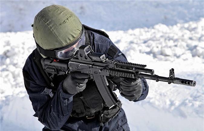 "Nam 2019, sung AK-74 van dem loi nhuan ""khung"" cho nuoc Nga-Hinh-4"