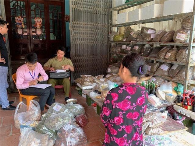 Lạng Sơn thu giữ hơn 240kg dược liệu không rõ nguồn gốc - Ảnh 1.