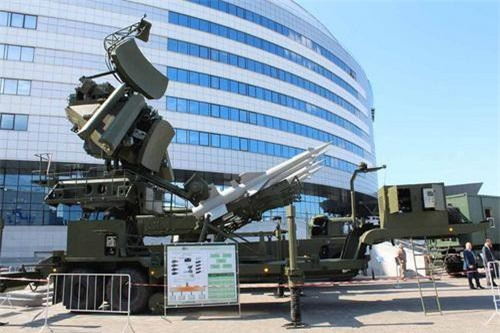 Các thành phần của hệ thống tên lửa phòng không S-125 Pechora 2BM Alebarda