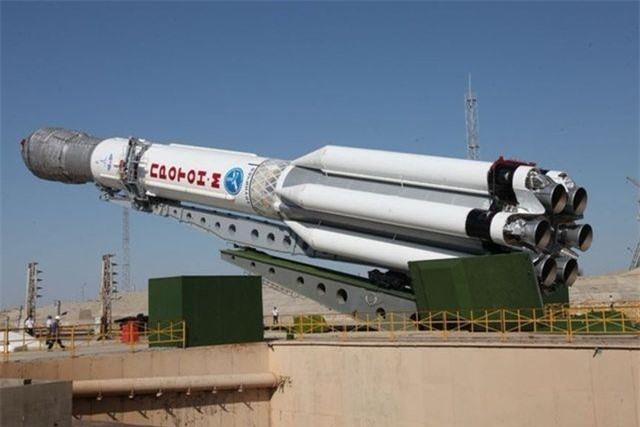 Tên lửa đẩy Proton-M ở sân bay vũ trụ Baikonur, Nga. (Ảnh: Sputnik)