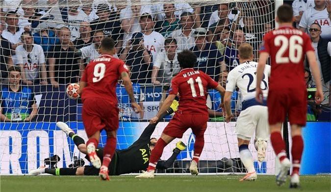 """Salah hoàn tất """"bộ sưu tập"""", Origi đóng vai thần tài và những điểm nhấn từ trận Liverpool vs Tottenham"""