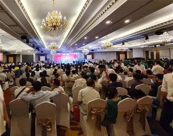 """Theo nhân viên môi giới tại buổi """"lễ giới thiệu"""" dự án Khu đô thị thương mại chợ Nhật Huy có hơn 400 sản phẩm đã được bán"""