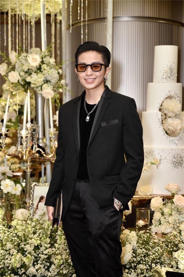 Chồng Thu Minh tháp tùng vợ dự đám cưới nhạc sĩ Dương Khắc Linh - 12
