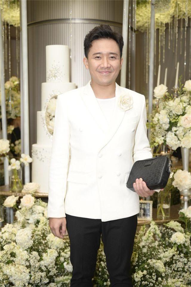 Chồng Thu Minh tháp tùng vợ dự đám cưới nhạc sĩ Dương Khắc Linh - 4