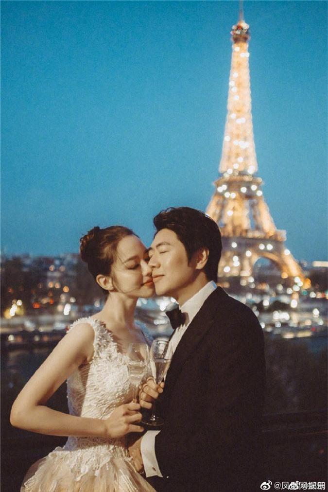 """""""Tình tin đồn"""" một thời của Lưu Diệc Phi tuyên bố kết hôn với người đẹp học vấn cao đúng theo yêu cầu của gia đình - Ảnh 2."""