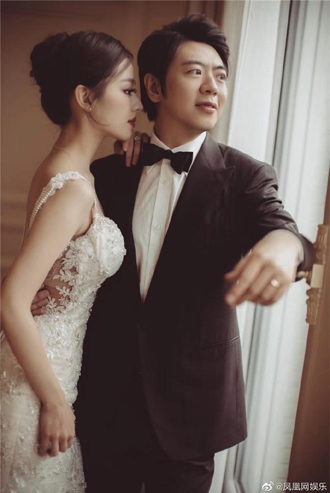 """""""Tình tin đồn"""" một thời của Lưu Diệc Phi tuyên bố kết hôn với người đẹp học vấn cao đúng theo yêu cầu của gia đình - Ảnh 5."""